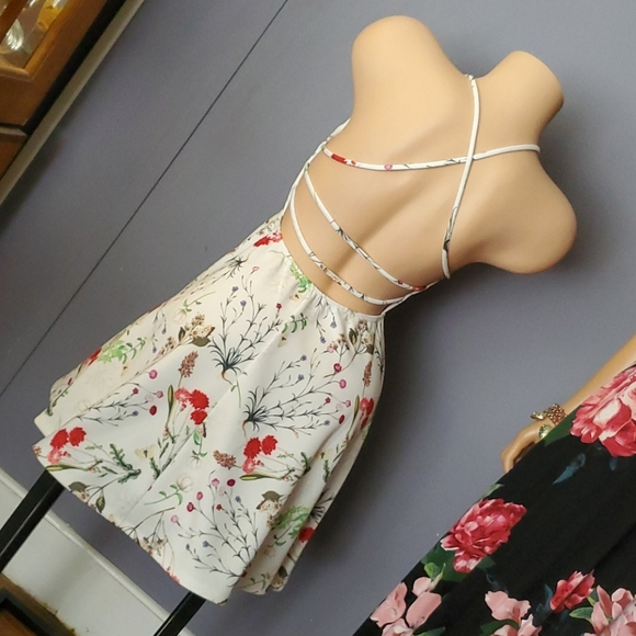 Floral Open Back Dress CHECK OUT THE BACK!!